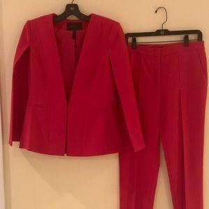 2pc BCBG MAXAZRIA Cape Jacket Suit
